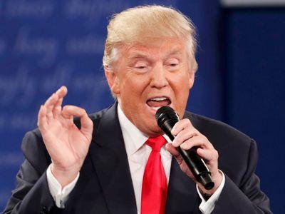 Svět se zbláznil, na Hradě máme Minitrumpa, zneužívá strachu lidí ke svému vzestupu, říká Klvaňa
