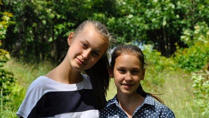 Obdivuji Grétu i Kovyho, říká třináctiletá youtuberka. Se sestrou propaguje ekologii