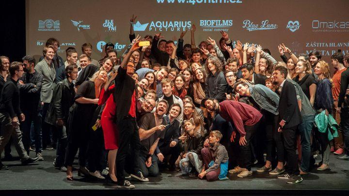 Příběh kapsářky ovládl 48hodinový filmový festival. Tvůrci dřív promítali v Cannes