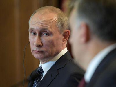 """Rusko se budí: """"Putin je zloděj!"""", """"Demise!"""", """"Medvěděva do basy!"""" Cenné i pro Západ"""
