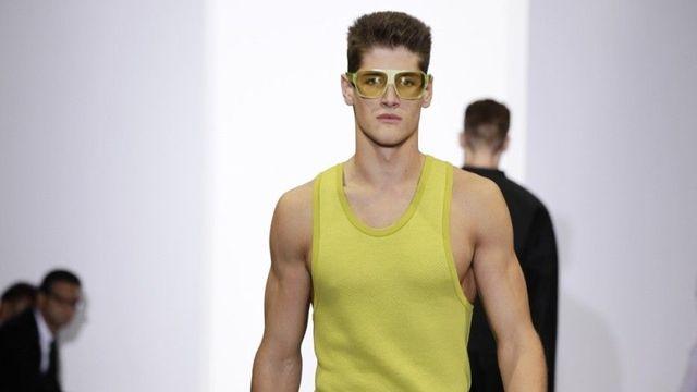 8998350ca Kreativním ředitelem značky Calvin Klein se stal Raf Simons ...