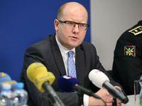 Náš soupeř není tady v sále, řekl Sobotka na zavřeném jednání ČSSD, která propírá prohrané volby