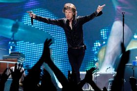 FOTO  Rolling Stones vyjeli b8c9a1a6eb8