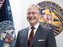 Povýšit Koudelku na generála? Zeman je lapen v pasti mezi Kremlem a Českem