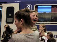 Noční vlak z Maďarska zdržela hádka s imigranty. Neprojeli