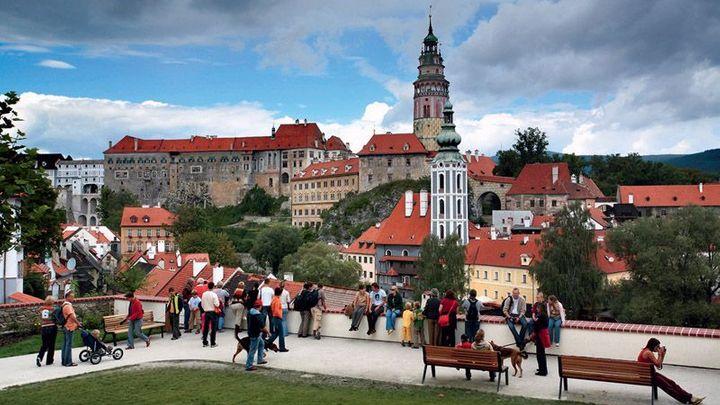Do Česka loni přijel rekordní počet zahraničních turistů