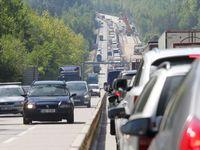 Pekelný víkend: Kolony na Jadran se zkracují, ale nemizí