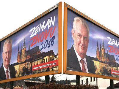 Boj o Hrad vyhraje Zeman, myslí si stále více Čechů. Topolánkova podpora zůstává minimální