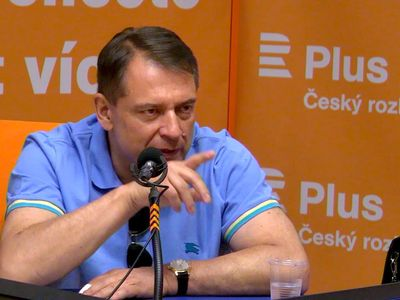 """""""Takže na shledanou, pane redaktore."""" Paroubek nechtěl mluvit o návratu k ČSSD, odešel ze studia"""