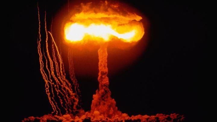 """Svět dělí od jaderné války """"jediný záchvat vzteku"""", tvrdí nositelka Nobelovy ceny míru Fihnová"""