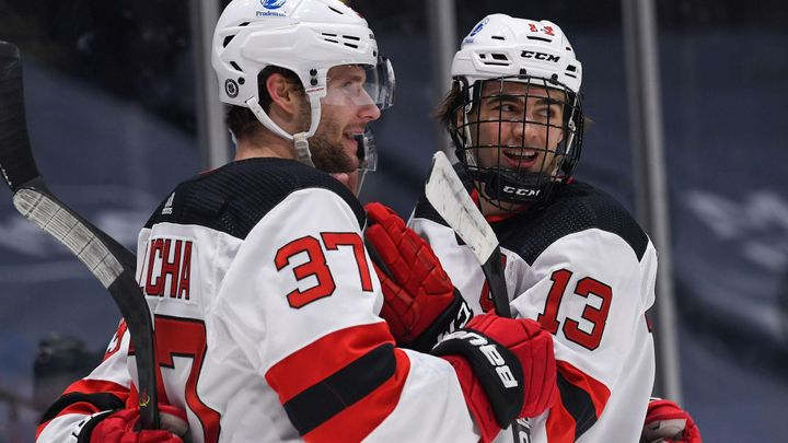 Voráček třemi body řídil výhru Columbusu, skórovali také Zacha a Hertl; Zdroj foto: Reuters