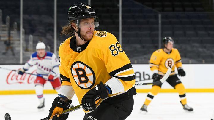 Pastrňáka zvolili nejlepším křídlem NHL. Nedominuje díky své lajně? přemítají kritici