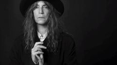 Live Patti Smith: Gimme Shelter z alba Twelve (2007)