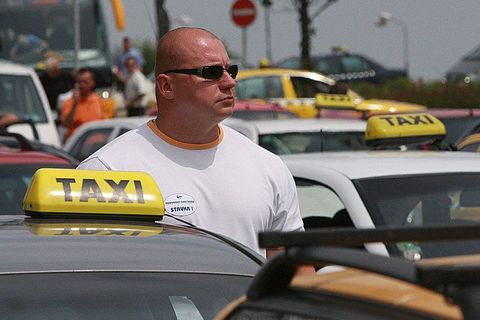 Prague´s infamous sin to be fixed by angel white taxi