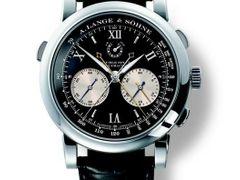 Cenu ženevské poroty si v roce 2004 odnesl model Lange Double Split značky  A. Lange ef037f92c4c