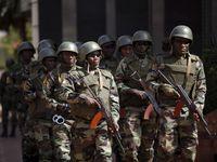 Mrtví při raketovém útoku na základnu v Mali. V zemi slouží i Češi