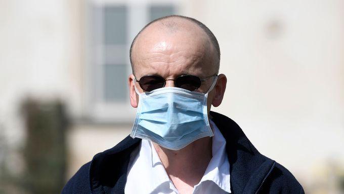 Vedoucí lékař Kliniky anestezie, resuscitace a intenzivní medicíny Všeobecné fakultní nemocnice Martin Balík.