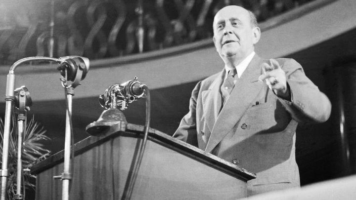 Zapomenuté poslední proslovy Jana Masaryka: Raubířské ksichty milicí i demise infantilních ministrů