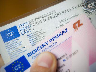 Vydávání řidičských průkazů čekají změny, mají zdražit na čtyřnásobek