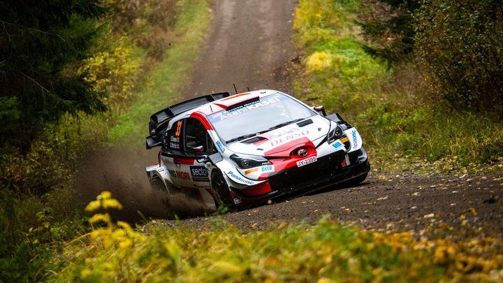 Evans ovládl Finskou rallye a stíhá Ogiera v boji o titul mistra světa; Zdroj foto: Jaanus Ree/Red Bull Content Pool