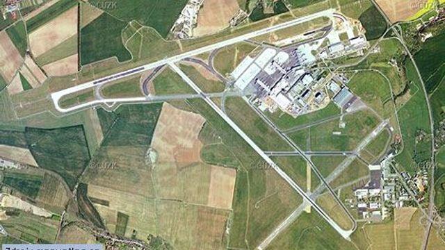 Aktuálně Cz: Prague Airport Expansion May Help Economy