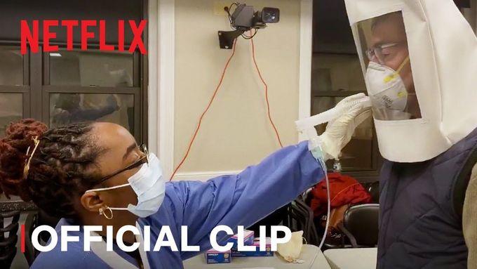 Bonusovou devátou epizodu Lenox Hillu tvůrci natočili již během pandemie.