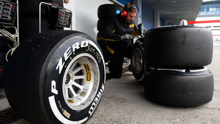 Číňané kupují Pirelli, jeden ze symbolů italského průmyslu