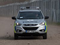 Policie pohřešuje osmnáctiletou ženu z Prahy, nedorazila do školy