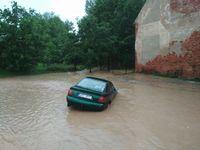 Na Berounsku hlásí nejvyšší povodňový stupeň, dobrovolní hasiči evakuovali obyvatele