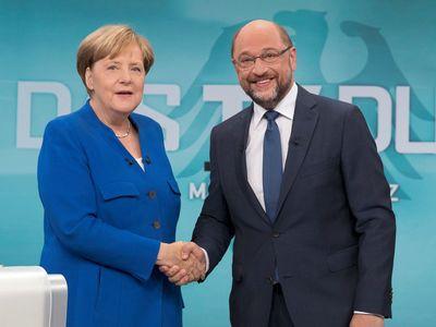 Online: Němci volí do Bundestagu. Merkelová má počtvrté zvítězit, překvapit mohou populisté z AfD