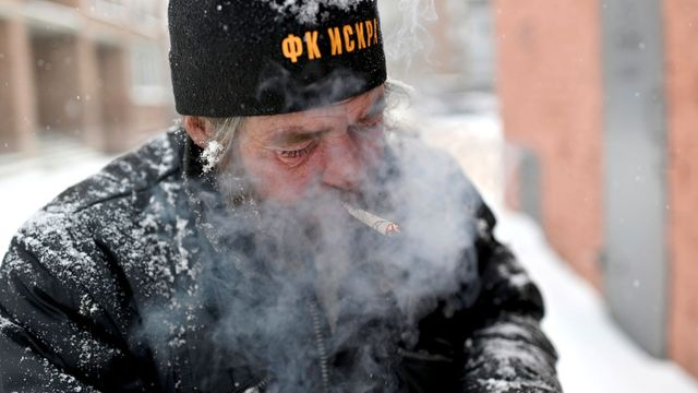 Foto: Musí vydržet i 30 stupňů pod nulou. Takto přežívají zimu bezdomovci na Sibiři