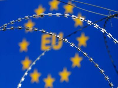 Většina Čechů věří, že přijde krize Evropské unie i západní civilizace, viní z ní hlavně imigranty