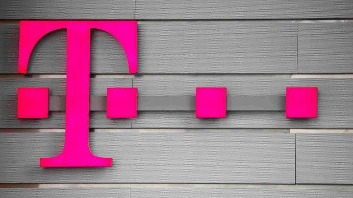 Operátor T-Mobile stále čelí výpadku systémů, nefungují weby či mobilní aplikace