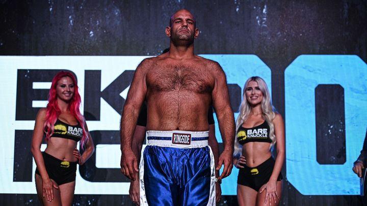 Ochrnutý boxer po měsíci a půl zemřel. Soupeř ho knockoutoval za devatenáct vteřin; Zdroj foto: Twitter