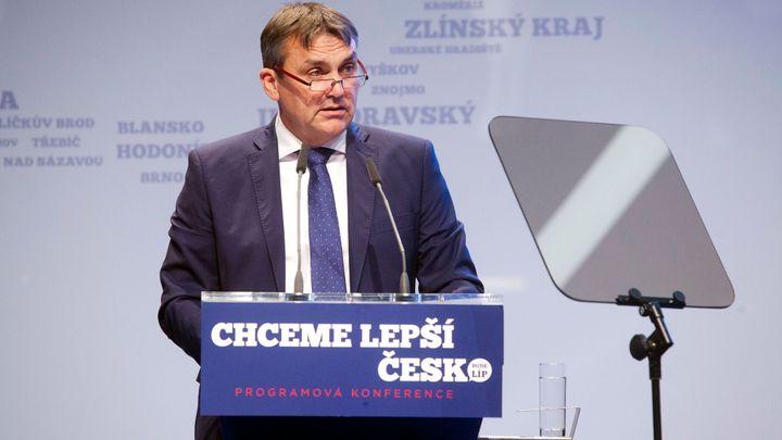 """""""Brněnské ANO zůstává napojeno na podsvětí."""" Místopředseda Vokřál končí v hnutí ANO"""