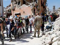 Online: Mrtvých v Itálii už je přes 60. Země se znovu otřásla, spadly další domy
