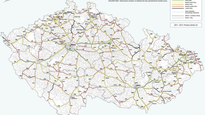 Nová mapa: Česko má 360 kilometrů silnic smrti. Podívejte se