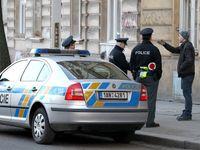 Muž bodl v knihovně na Plzeňsku do zad mladou ženu, zemřela