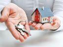 Stát spouští výhodnou půjčku na bydlení pro mladé. Projděte si, co musíte splnit, abyste ji získali