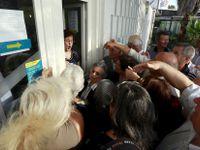 Živě: Zabaví řecké banky část vkladů? Jde o spekulace, tvrdí