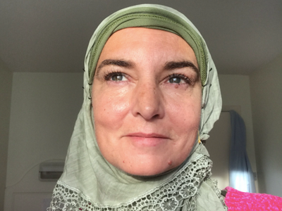 Bílí lidé jsou odporní. Kdo není muslim, je duševně nemocný, tvrdí Sinéad O'Connorová