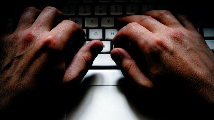 Podvodný e-mail se tváří jako ČNB. Chce přístupy k účtům