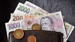 Úspory v bankách prodělávají. Přečtěte si, co udělají vyšší ceny s vaší peněženkou