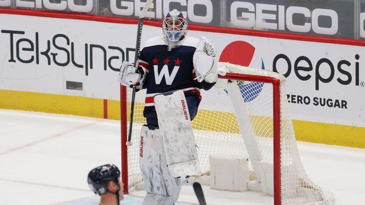Vaněček patřil v NHL mezi hvězdy zápasu, Zacha skóroval