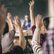 Žáci v Česku věnují domácím úkolům méně času než jinde, tvrdí studie