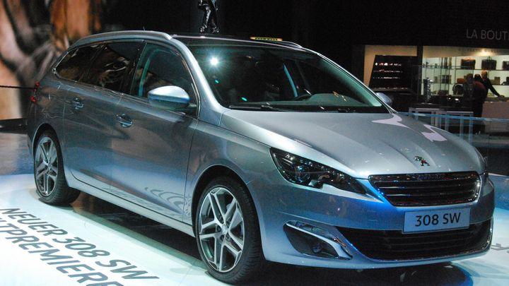 Peugeot má ceník pro kombi 308 SW. Startuje pod 400 000 Kč