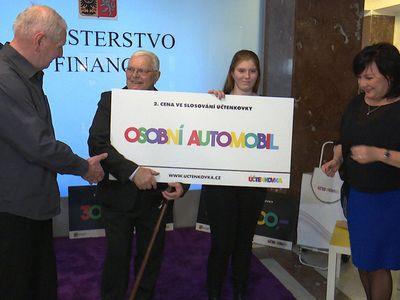 Video: Auto za rohlík. Účtenkovka ukázala další vítěze, od března přijde zjednodušení