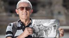 Držel v srpnu 1968 zakrvácenou vlajku. Mohly zemřít stovky lidí, vzpomíná hrdina z Koudelkovy fotky