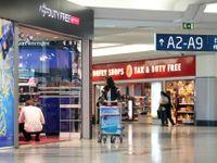 Pivo za 149 korun? Drahé restaurace na letišti mají skončit