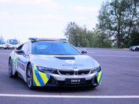 Na české policejní BMW i8 si dejte pozor i za hranicemi s Německem. Jezdí tam kontrolovat řidiče